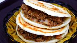 西安美食-袁记腊汁肉夹馍