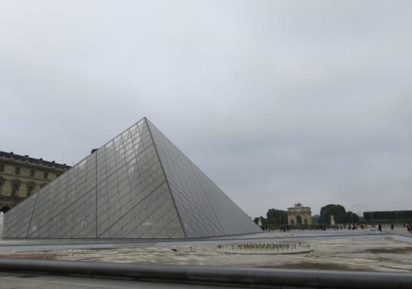 【法国3.】金字塔广场