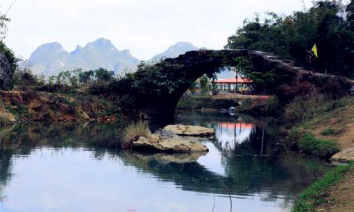 深圳 清远古龙峡漂流 摩天轮 纯玩2日游(玻璃桥,洞天仙境)