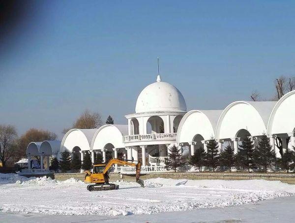 那淡雅白色宫殿,欧式风格中透着庄重