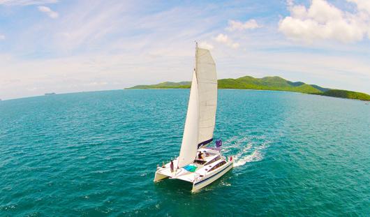 泰国芭提雅双体帆船半日游 (沙晶岛 猴子岛 日落之旅