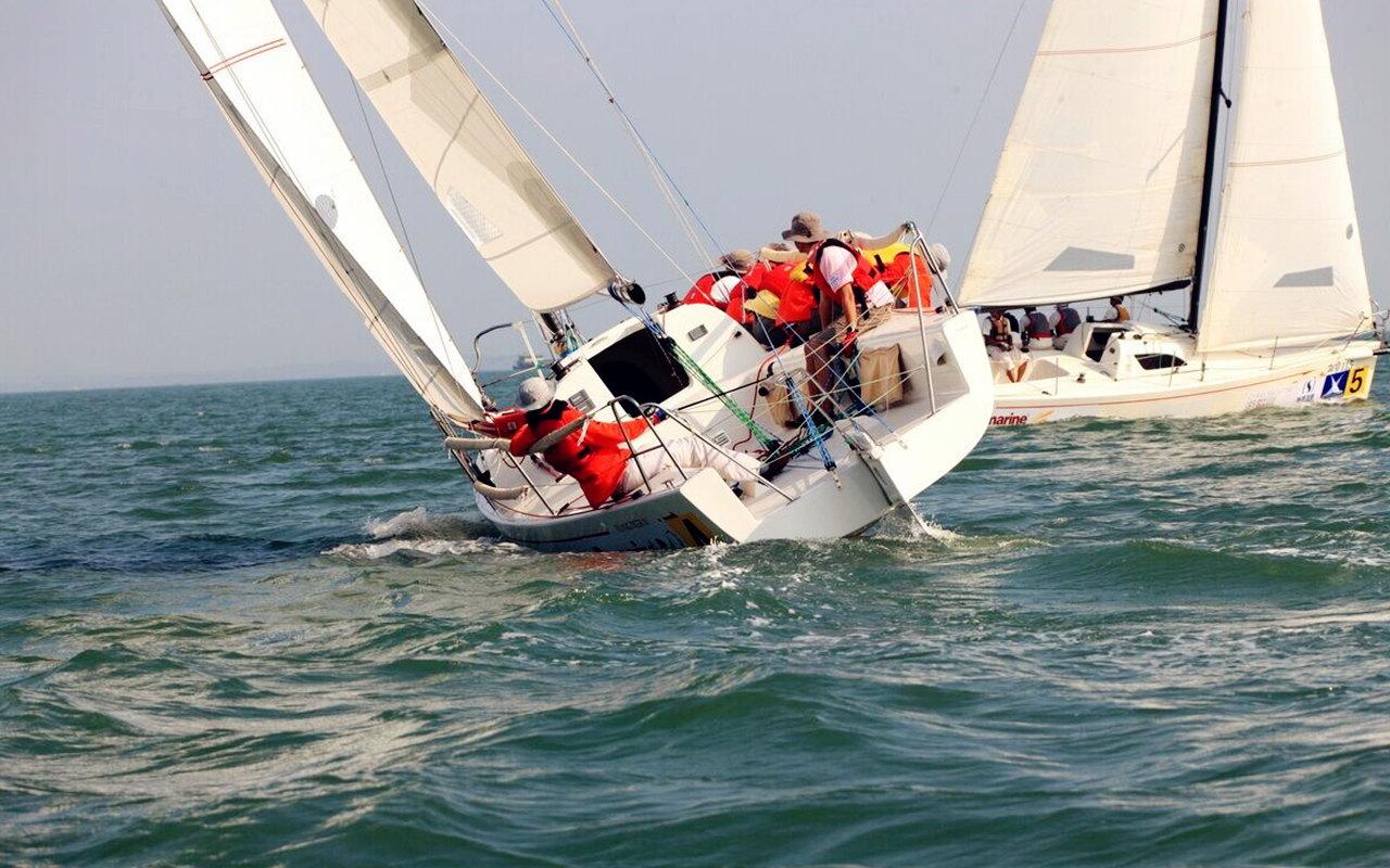 厦门香山帆船出海体验门票 云帆飞扬帆船 冰雪世界 环岛路香山游艇