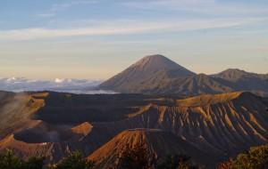 【布罗莫火山图片】印尼——不可思议的南纬之旅(布罗莫bromo火山)