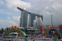 观光、商业最吸引视线的新加坡滨海湾地区