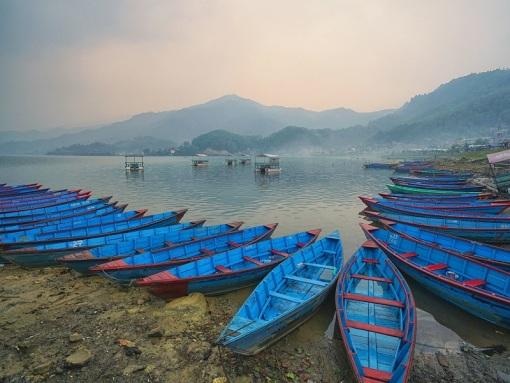 尼泊尔布恩山7日徒步经典定制 加德满都深入当地人家里生活 行走乌勒里高山杜鹃花的海洋 穿越博卡拉梯田与山谷