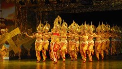 西双版纳娱乐-湄公河歌舞篝火晚会