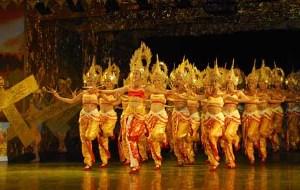 云南娱乐-湄公河之夜篝火晚会