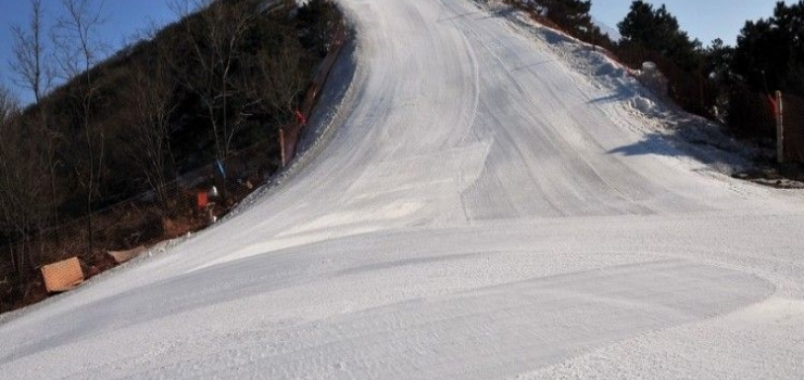 沈阳怪坡滑雪场