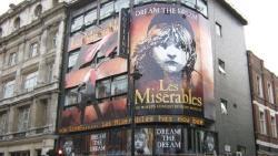 伦敦娱乐-女王剧院(Queen's Theatre)