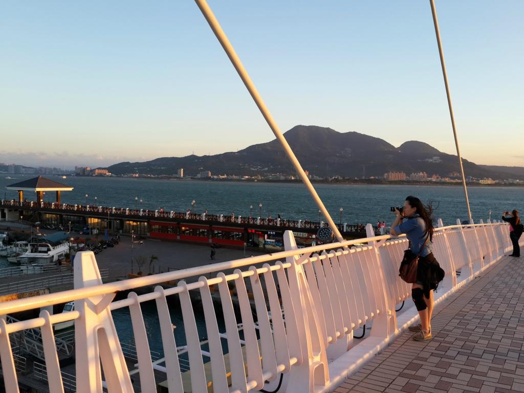 我紧紧偎依着老水手,听他讲海龙王----台湾环岛骑行游记