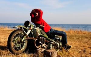 【贝加尔湖图片】有位佳人、在水一方! --- 2014贝加尔湖西伯利亚大铁路穿越
