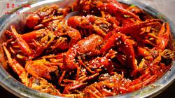 武汉美食-巴厘龙虾(万松园一店)