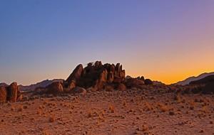 【纳米比亚图片】纳米比亚,南非游之三------无路沼泽,红沙漠,日落香槟,沙漠帐篷酒店