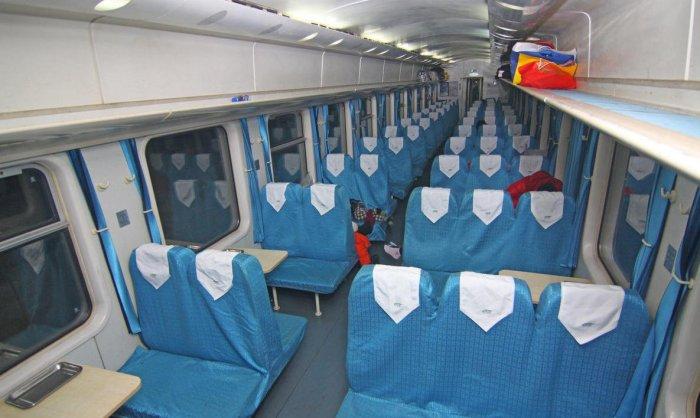 k火车硬座车厢图片_K字头火车硬座是什么样的呢?能发个图片上来吗?-