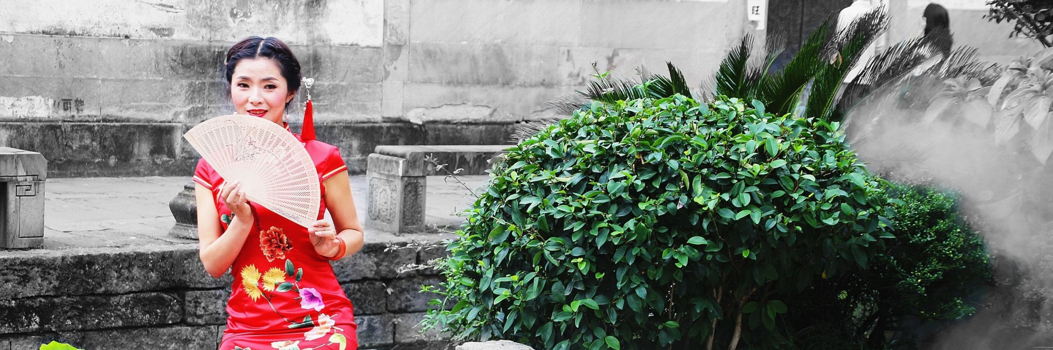 【黄山】丁香姑娘 油纸伞,古今合一的黎阳in巷