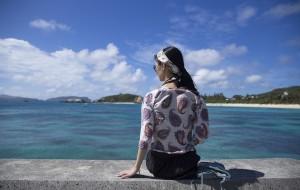 """【那霸图片】""""你是蓝色的,而我只是抓住了夏天的尾巴。""""——OCT.@冲绳"""