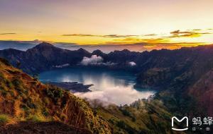 【龙目岛图片】当青春遇上探险:印尼龙目岛林查尼火山揭秘