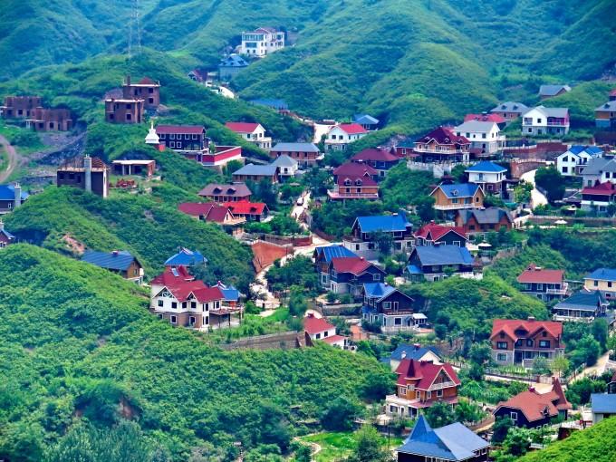 北京棋盘山,山沟里的别墅与古民居