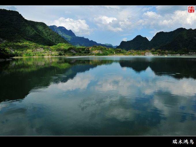 壁纸 风景 山水 摄影 桌面 680_511