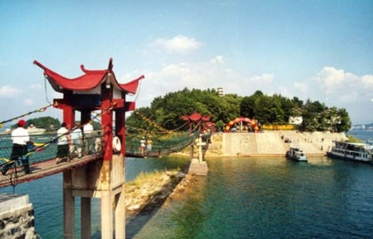 【千岛之恋】千岛湖1日跟团游(中心湖区 月光岛 龙山岛 含景区大门票