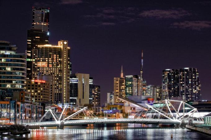 墨尔本的人口_墨尔本人口蹭蹭蹭的往上涨,未来成为澳洲最大城市 2030年人口将