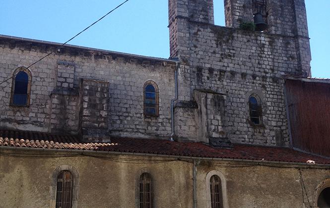 圣日龙(ST Girons),衰落的嬉皮小城
